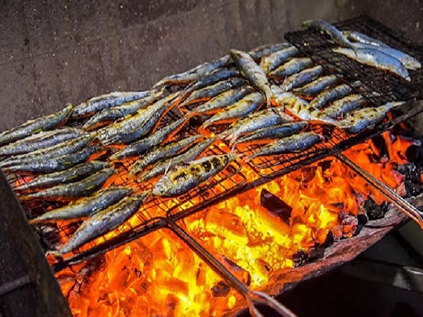 Địa chỉ bán cá trích nướng ở hà nội ở đâu đảm bảo chất lượng?