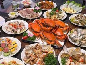 Kinh nghiệm tìm quán bán hải sản ngon tại Hà Nội